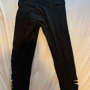 PINK Victoria's Secret Pants & Jumpsuits - VS PINK cropped leggings